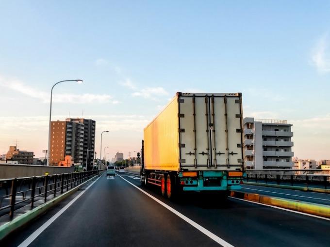 トラックの路線便とは?