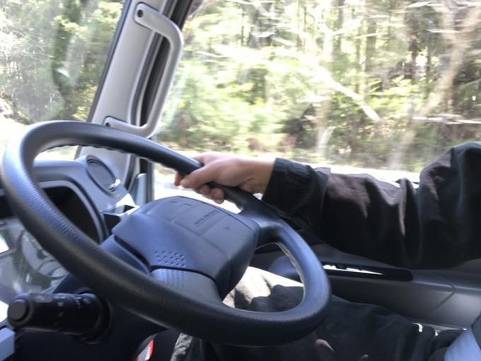 4tトラックの運転は超難い?